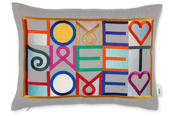 Bilde av Embroidered Pillow Home Sweet
