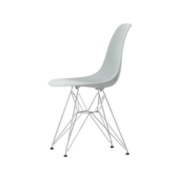 Bilde av Eames Plastic Side Chair DSR