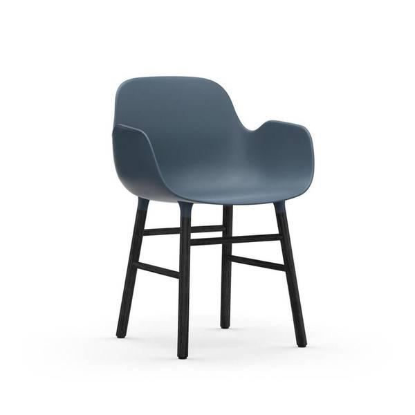 Bilde av Form Armchair Blå/Sort