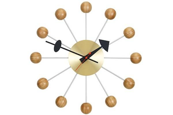 Bilde av Ball Clock kirsebær Vitra