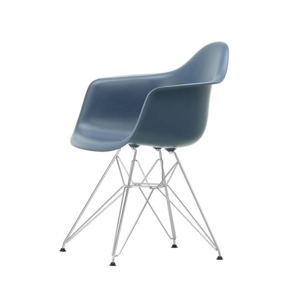Bilde av Eames Plastic Armchair DAR 83
