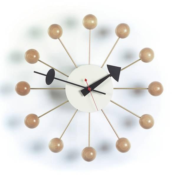 Bilde av Ball Clock bøk Vitra