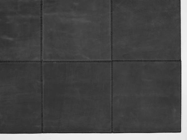 Bilde av Leather Rug Square 80x240