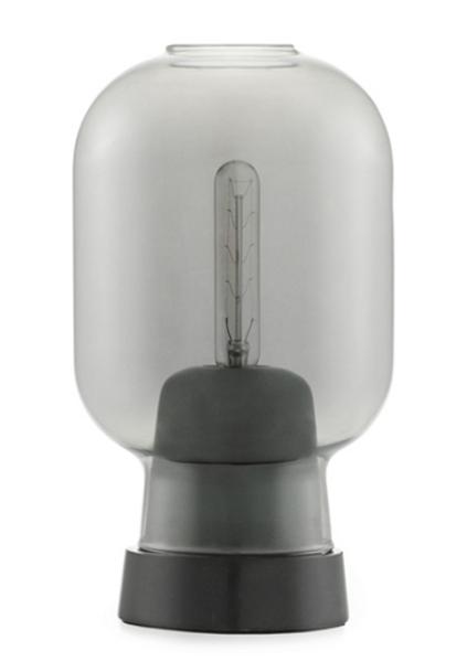 Bilde av Amp bordlampe i sort/ smoke