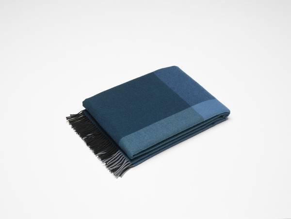 Bilde av Color block Blanket sort/ blå