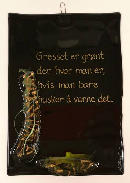 Bilde av Hustavle i glass, Gresset er grønt..