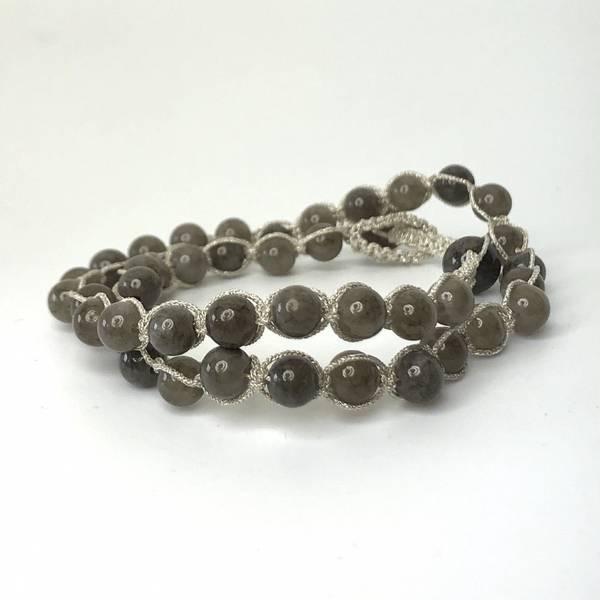 Armbånd med sølvtråd grå