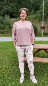 Bilde av Tindra bukse rosa blomstret