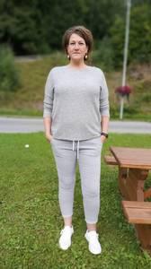 Bilde av Tindra bukse grå stripe