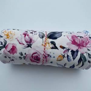 Bilde av Rester viskose jersey crepe med blomster 90cm