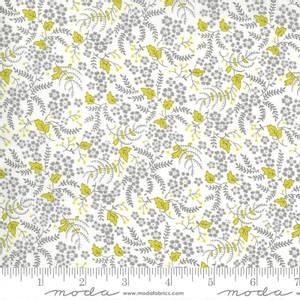 Bilde av Moda fabrics Flowers For Freya Cloud Foggy