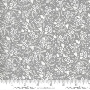 Bilde av Moda fabrics Flowers For Freya Foggy