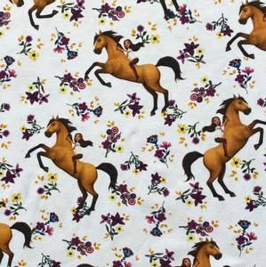 Bilde av Bomulljersey Digital med hest og blomster