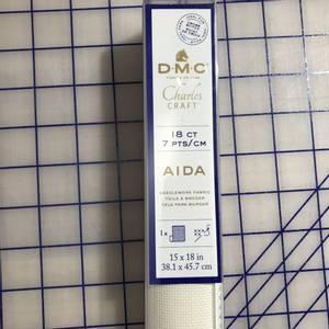 Bilde av 38x45cm DMC AIDA STOFF Ecru 7 tr/cm