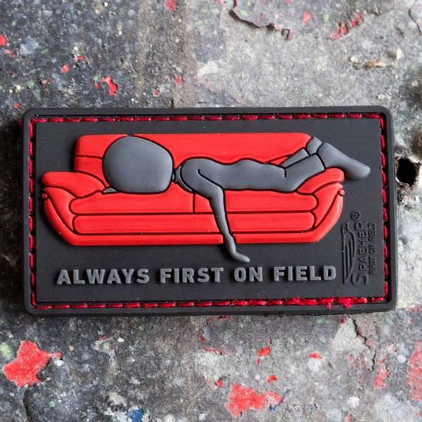 Bilde av Patch - Always First on Couch - Rød/Svart