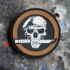 Bilde av Patch - Military Skull & Knife Morale - PVC