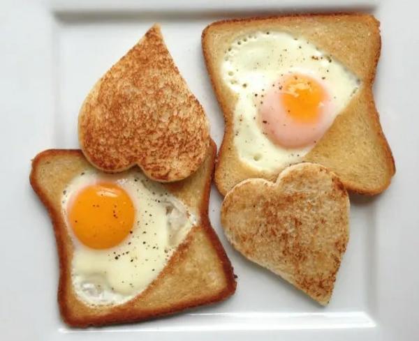 Eggform, hjerteform til stekte egg