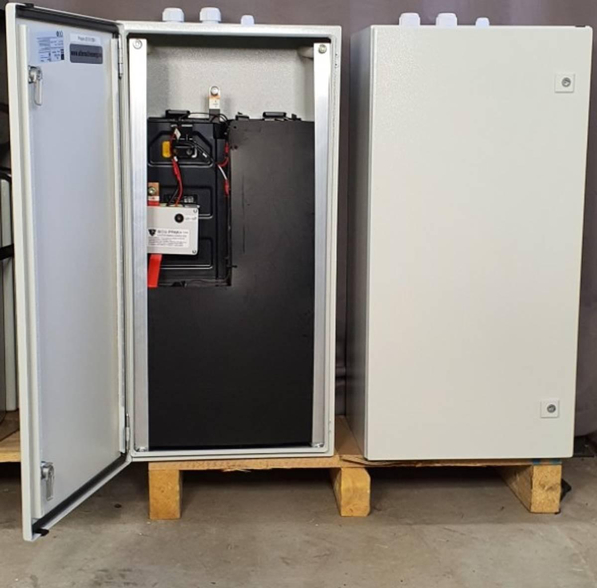 Komplett Kraftpakke 48V-7,5kWh LITIUM batteri - 3000W Inverter