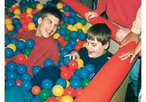 Bilde av Fargeblandet baller til ballbasseng 75 mm