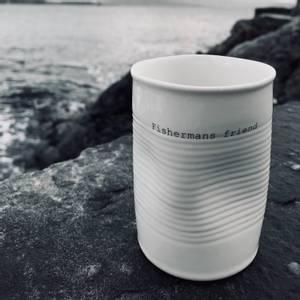 Bilde av kopp med tekst - fishermans friend