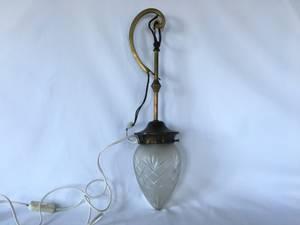 Bilde av Vegglampe med glasskuppel