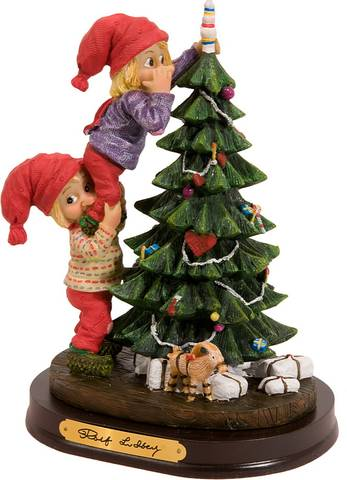 Bilde av Nissebarn rundt julegran