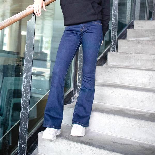 Bilde av The New - Flared jeans Mørk Blå