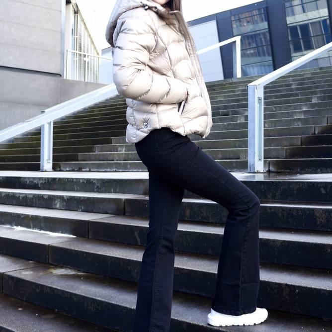 Bilde av NA-KD - Skinny Bootcut High waist Jeans Svart