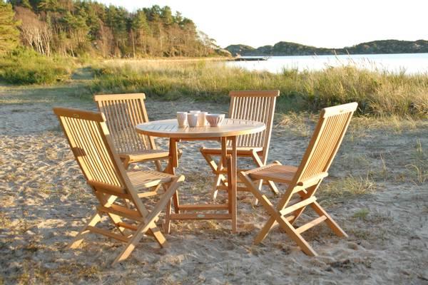 Bilde av Global sett 4 klappstoler+bord Ø80 cm - teak