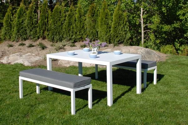 Bilde av Atlantis sett 2 benker m/puter+bord - hvit/mineralgrå