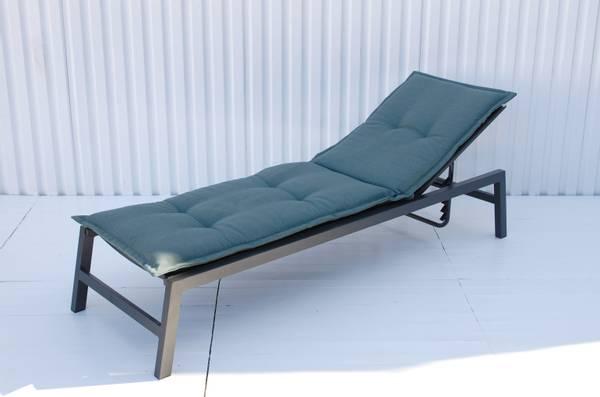 Bilde av Holiday solsengpute - design Patinagrønn