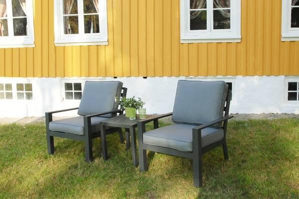 Bilde av Arena sett 2 stoler m/puter+bord - antrasittgrå/mineralgrå