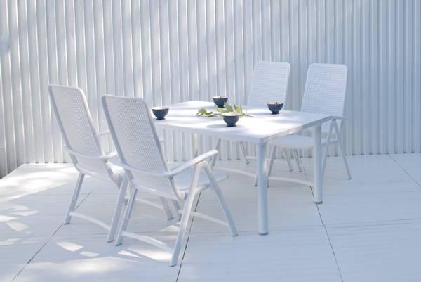 Bilde av Nardi Darsena sett 4 posisjonsstoler+uttrekksbord - hvit