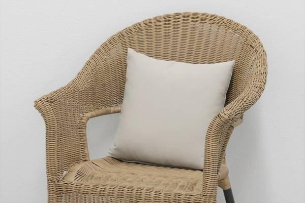 Bilde av Evita pyntepute 40x40 cm - design Kalkgrå
