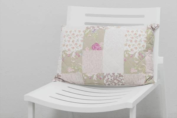 Bilde av Emilie vattert pyntepute 40x60 cm - design Flora