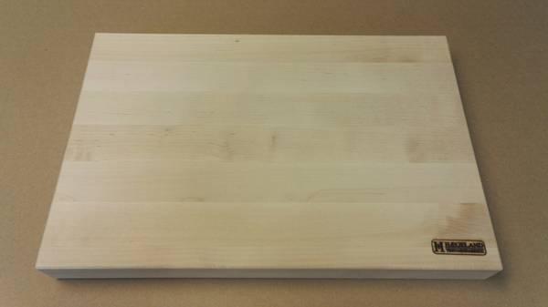 Skjærefjøl i bjørk 29x43x4 cm