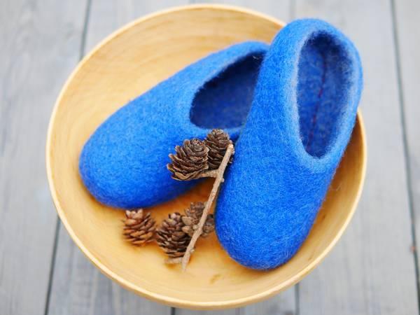 Bilde av Tova tøfler - kongeblå
