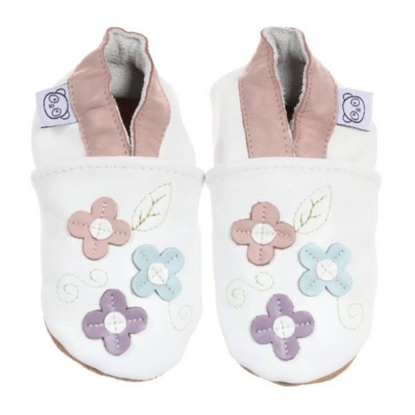 Bilde av Hvite skinntøfler med små blomster fra Panda Feet