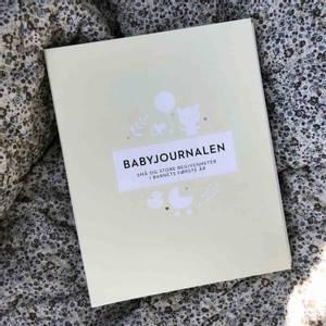Bilde av Babyjournalen - En flott minnebok om barnets