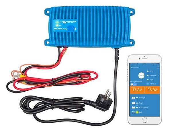 Bilde av VICTRON Blue Smart IP67  12V 25A m/Bluetooth