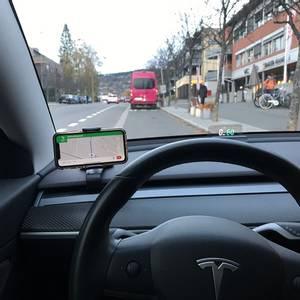 Bilde av Mobilholder Tesla Model 3 & Y
