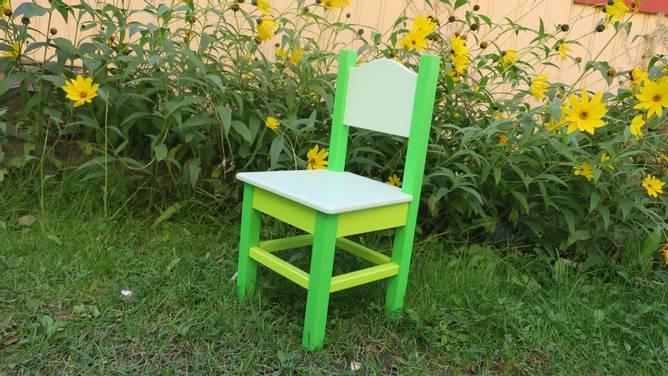 Bilde av Barnestol #2 3 grønne farger