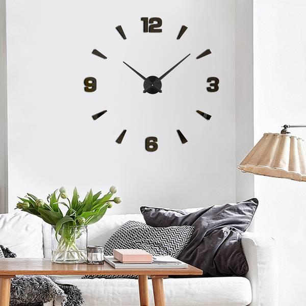 Bilde av Stor Veggklokke- Tall & Piler