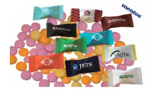 Bilde av Mentos mint med trykk av logo