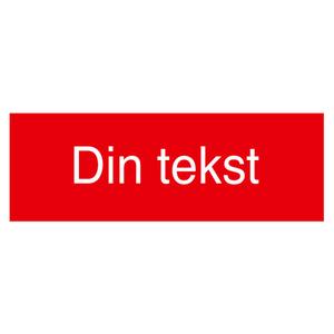 Bilde av Gravert skilt med din egen tekst - rødt med hvit tekst