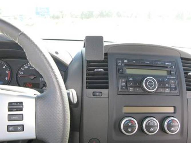 Bilde av Brodit ProClip Center Mount - Nissan King Cab /