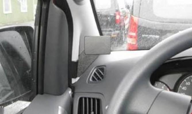 Bilde av Brodit ProClip Left mount - Hyundai H1 2009-2020