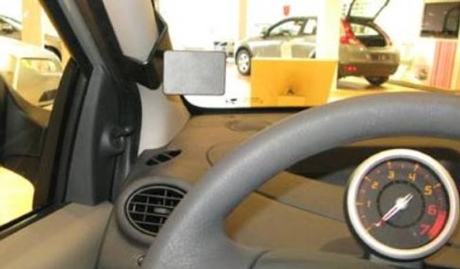 Bilde av Brodit ProClip Left mount - Renault Twingo