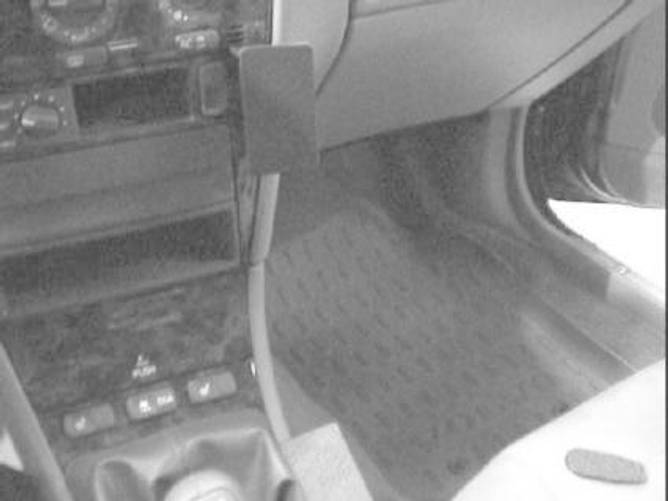 Bilde av Brodit ProClip Angled mount- Volvo S40/V40 96-00