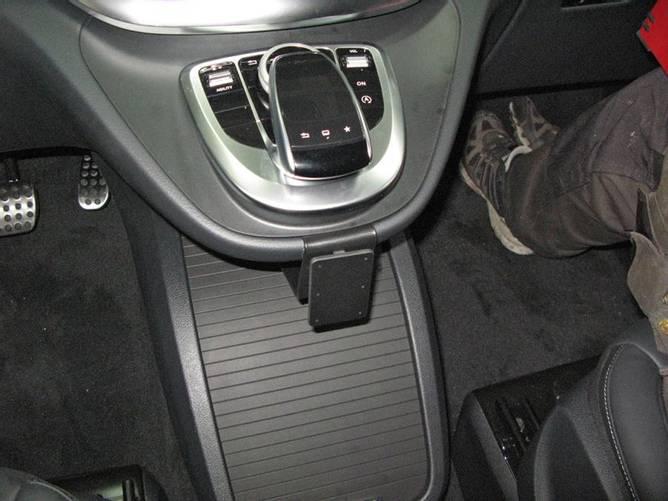 Bilde av Brodit ProClip Center mount, low - Mercedes Benz